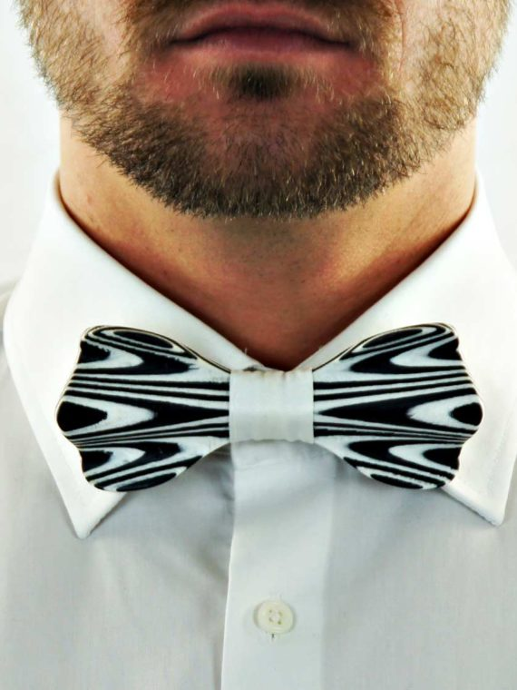 woodenfriend-bow-ties-holzfliege-ahorn-schwarz-weiß-maple-black-white-model-BV3MBW024